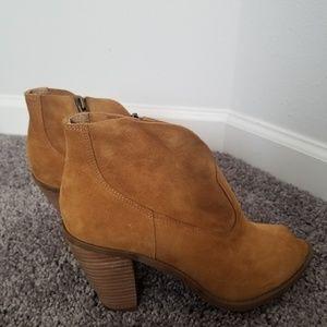 Jessica Simpson Peep Toe Bootie Size 9